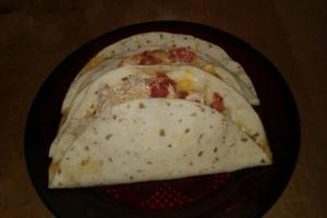 easy cheesy chicken quesadilla